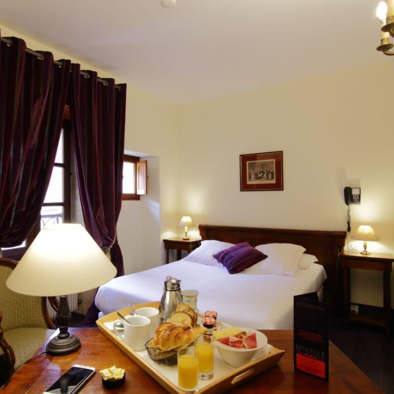 Chambre double standard à Sarlat hôtel La Couleuvrine